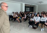Estudiantes de Colombia visitaron Sala Constitucional y elogiaron su trabajo y accesibilidad